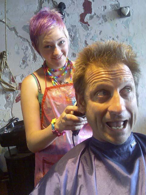 image034_rogfog_haircut_640